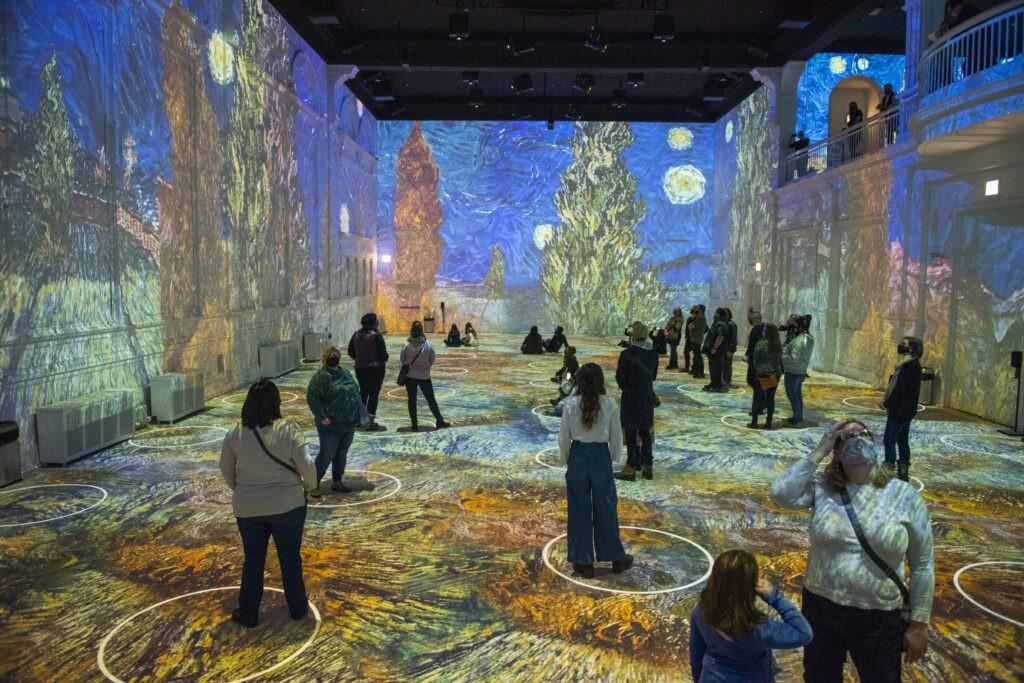 Immersive Van Gogh Chicago 7 - Photo Credit Michael Brosilow.